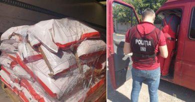 Foto Два грузовика со взрывчаткой были остановлены и задержаны сотрудниками полиции на дорогах вблизи столицы 2 22.09.2021