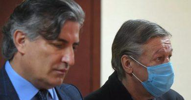 Foto Суд приговорил Ефремова к восьми годам колонии за ДТП 4 23.06.2021