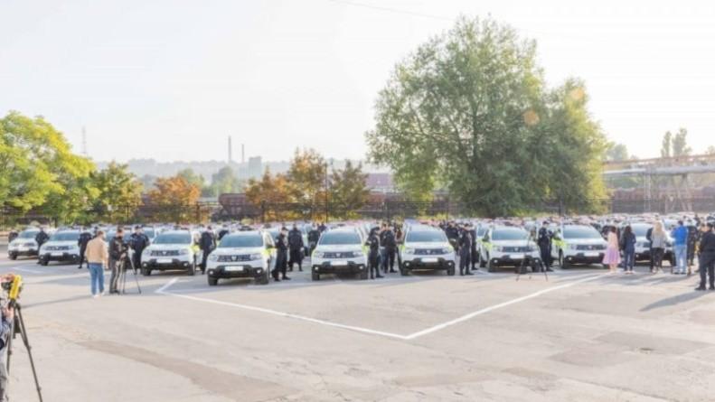 Foto Компания столичного советника-социалиста выиграла контракт на поставку 52 автомобилей для полиции 1 24.07.2021