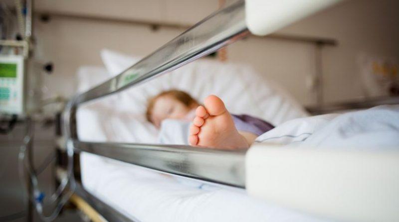 Care este starea copilului din Soroca căzut de la etajul patru al unui bloc de locuit