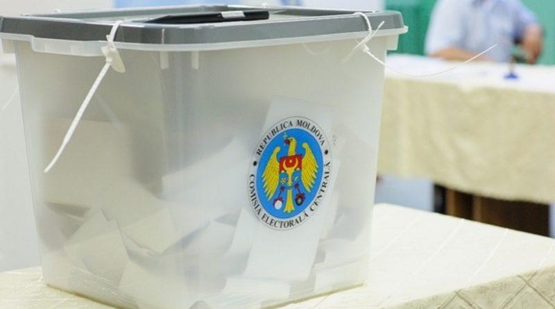 Persoanele infectate cu noul tip de coronavirus vor putea vota de acasă sau din spital