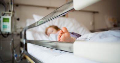 Un copil de patru ani a fost călacat peste picior de o mașină la Edineț
