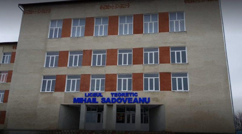 /VIDEO/ Un profesor din orașul Ocnița își îndeamnă elevii să o votezepe Maia Sandu la prezidențiale