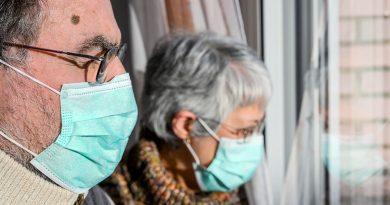 В Москве могут ввести режим изоляции для пожилых 4