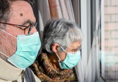 В Москве могут ввести режим изоляции для пожилых