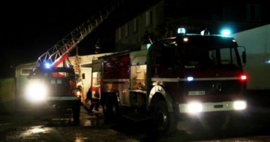Doi tineri s-au intoxicat cu fum la Bălți, după ce apartamentul în care se aflau a luat foc
