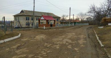 Bătaie ca în filme între două grupuri de persoane în satul Bădiceni din raionul Soroca. Doi oameni au ajuns la spital