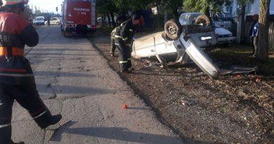 /FOTO/ Un alt grav accident în raionul Drochia. Un tânăr a ajuns la spital, iar altul murit