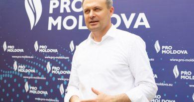 Patru deputați din Pro Moldova s-au retras din partid. Reacția lui Andrian Candu