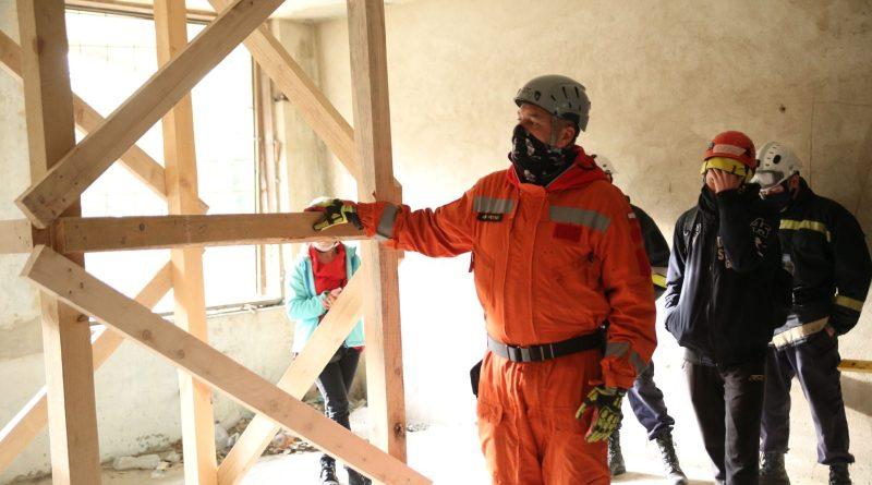 /VIDEO/ Salvatorii din nordul țării au fost instruiți în domeniul lucrărilor de căutare – salvare în mediul urban