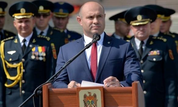 Министр внутренних дел Молдовы Павел Войку находится в реанимации с коронавирусом 1