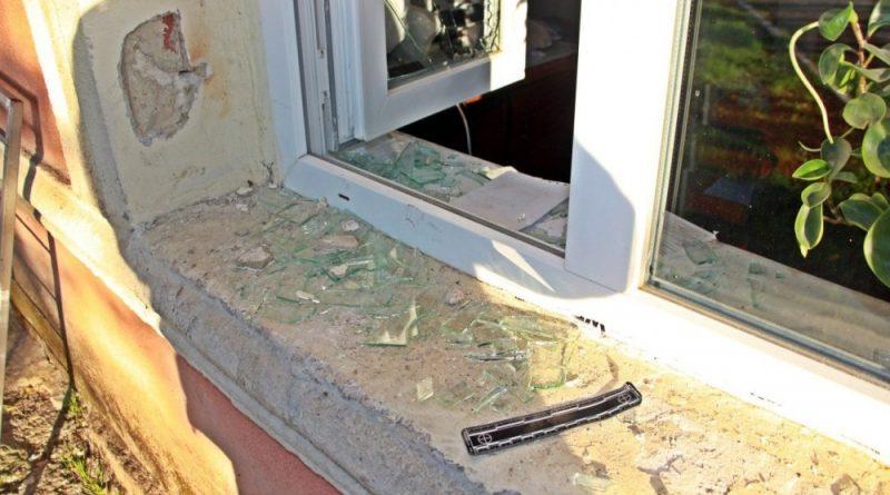 /VIDEO/ Un bărbat din raionul Ocnița și altul din Orhei reținuți după ce au furat dintr-un oficiu poștal