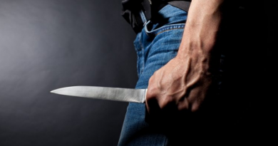 Un bărbat din raionul Sângerei a înjunghiat două femei, după care și-a înfipt cuțitul în regiunea inimii
