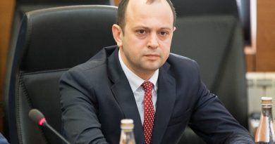 Oleg Țulea renunță la șefia Ministerului de Externe în favoarea celei de ambasador în Ungaria