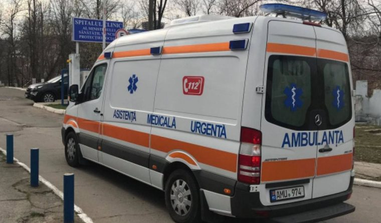 """Foto 58-летний мужчина скончался после того, как случайно поранил ногу """"болгаркой"""" во время строительных работ 1 24.07.2021"""