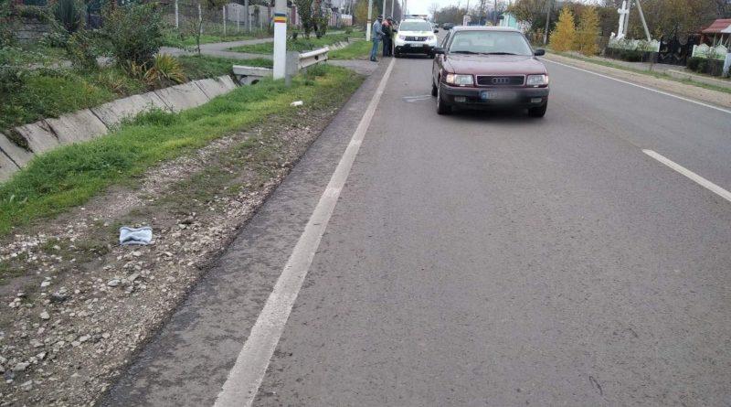 O fetiță de zece ani din raionul Soroca ajuns la spital, după ce a fost lovită de o mașină
