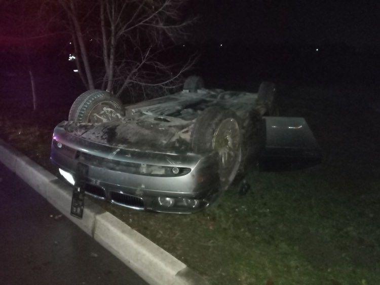 Foto /FOTO/ Trei copii au ajuns la spital după ce mama acestora s-a urcat beată la volan și s-a răsturnat cu automobilul 2 20.09.2021