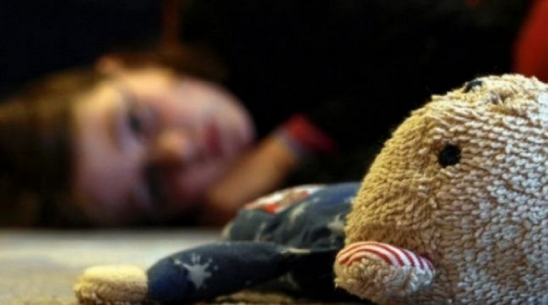 O copilă din Edineț ar fi fost violată de concubinul mamei sale