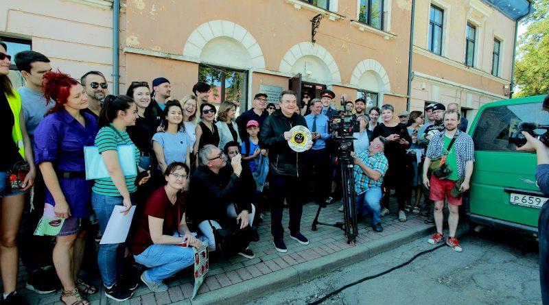 Александр Цой, сын музыканта Виктора Цоя, обратился в суд Москвы с иском против режиссера драмы «Цой» 1 12.05.2021