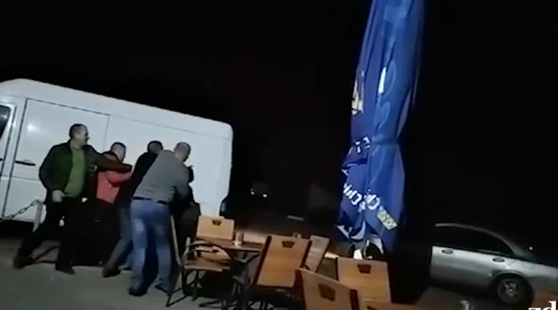 /VIDEO/ Bătaie cu iz electoral în municipiul Edineț