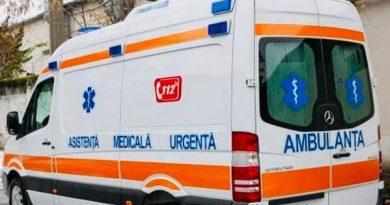 Un şofer de ambulanţă din Bălţi şi fratele acestuia sunt cercetați de CNA pentru trafic de influență