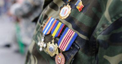 Indemnizațiile participanților la acțiunile de luptă vor fi majorate cu 200 de lei
