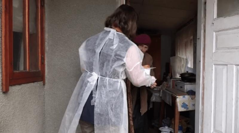 /VIDEO/ Mai multe familii social vulnerabile din orașul Edineț beneficiază de hrană la domiciliu