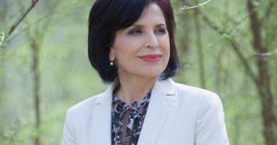 """/DOC/ Încă un deputat a părăsit Pro Moldova pentru a se alătura noii platforme """"Pentru Moldova"""""""