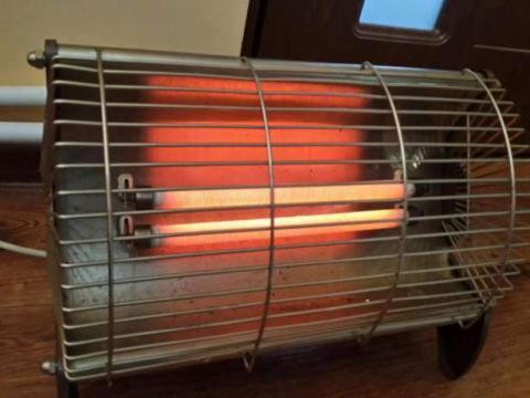 O femeie din raionul Drochia s-a ales cu arsuri de gradul II – III de la un reșou electric