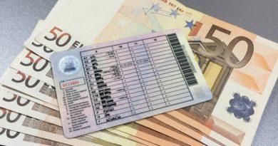 Un bărbat din Sângerei ar fi cerut de la o femeie 500 de euro pentru a o ajuta să obţină permisul de conducere