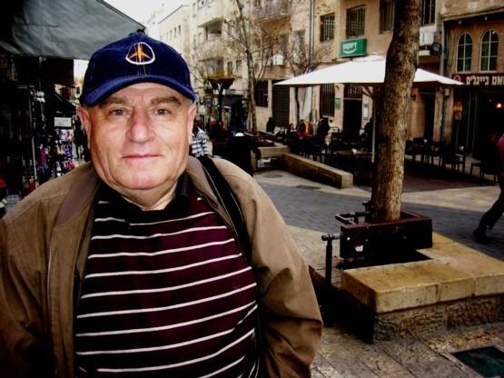 В Израиле после долгой болезни скончался уроженец Бэлць, писатель, поэт и журналист Зиси Вейцман 40 17.04.2021