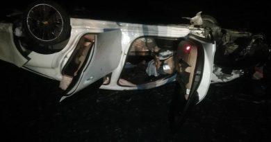 /FOTO/ Un tânăr a ajuns la spital, după ce s-a inversat cu automobilul în raionul Dondușeni