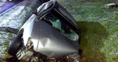 /FOTO/ Un tânăr din Soroca a murit după ce a ajuns cu mașina într-un șanț de scurgere