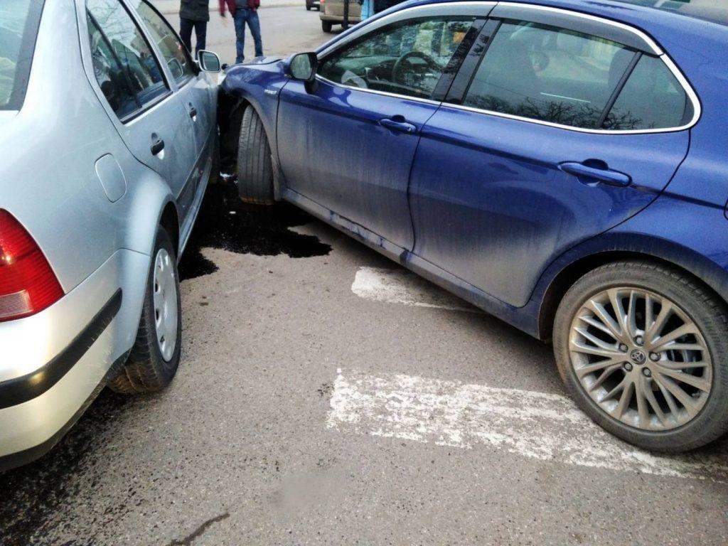 Foto /FOTO/ Carambol pe o stradă din Soroca, mai multe mașini au fost avariate. Explicațiile oamenilor legii 1 29.07.2021