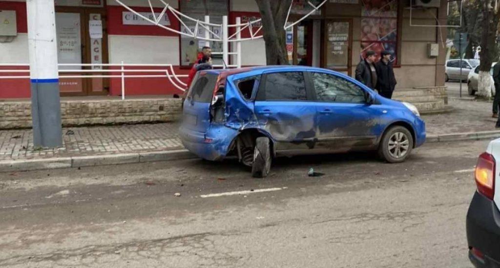 Foto /FOTO/ Carambol pe o stradă din Soroca, mai multe mașini au fost avariate. Explicațiile oamenilor legii 3 29.07.2021