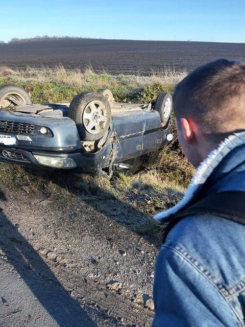 Foto /FOTO/ Un tânăr s-a inversat cu automobilul în raionul Florești din cauza condițiilor climaterice nefavorabile 2 29.07.2021