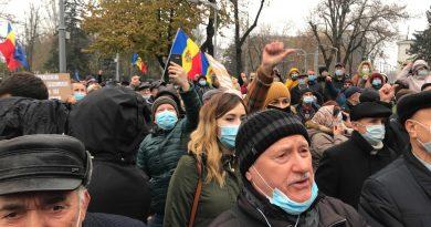 Сегодня в Кишиневе пройдут две акции протеста: полиция призывает участников соблюдать защитные меры 2 15.05.2021