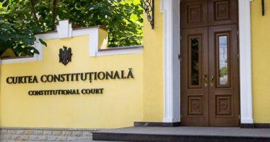 Curtea Constituțională a suspendat legea prin care SIS trece în subordinea Parlamentului
