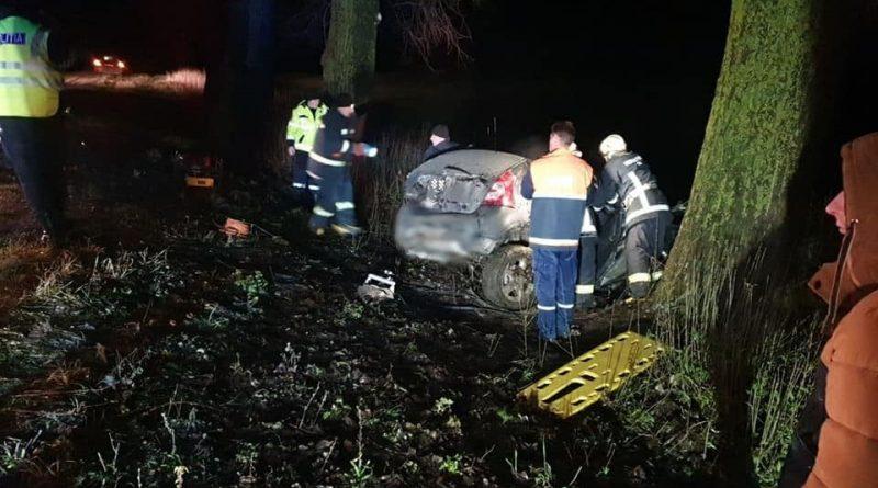/FOTO/ Accident violent în raionul Drochia. Două persoane au murit, iar altele două au ajuns la spital