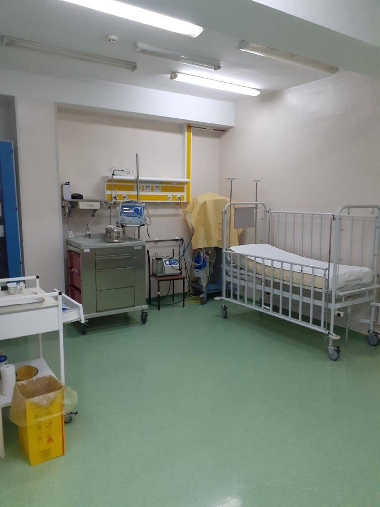 /FOTO/ Din nou condiții necorespunzătoare la Spitalul Clinic Bălți. Pacientă: Podea cu fisuri și gândaci peste tot 6 12.05.2021
