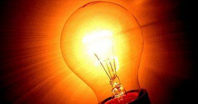 Energia electrică se ieftinește din 1 februarie. Vezi care vor fi prețurile