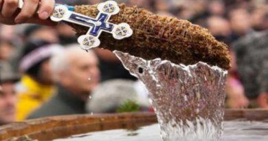Creștinii sărbătoresc Boboteaza pe stil vechi. Recomandările salvatorilor