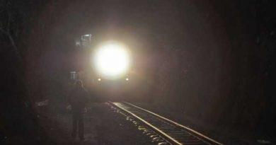 /FOTO/ Un bărbat a fost spulberat de un tren în raionul Sângerei