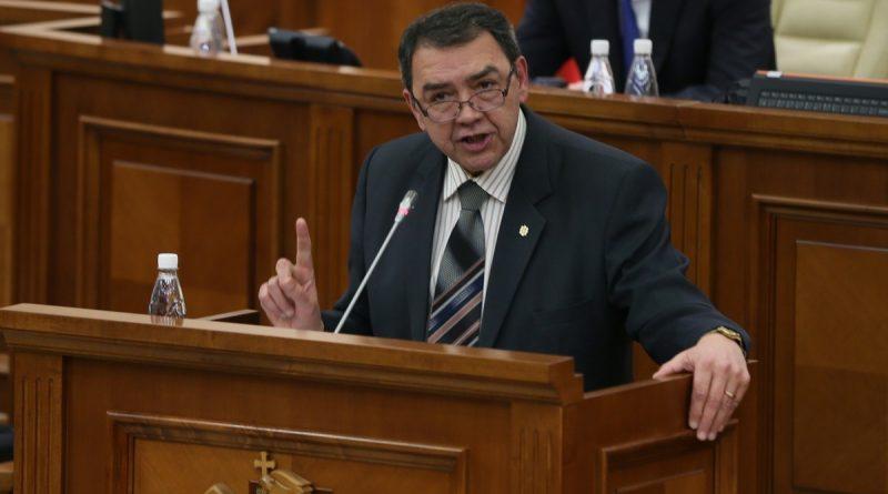 Депутат-социалист Владимир Головатюк написал заявление об отказе от мандата депутата