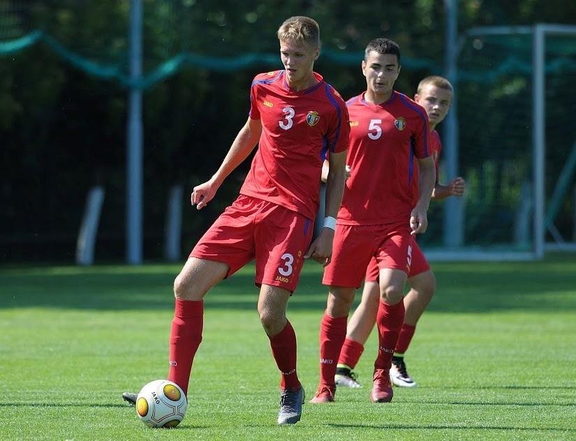Un tânăr din Chișinău va evolua pentru un club de fotbal din Italia 1 17.05.2021