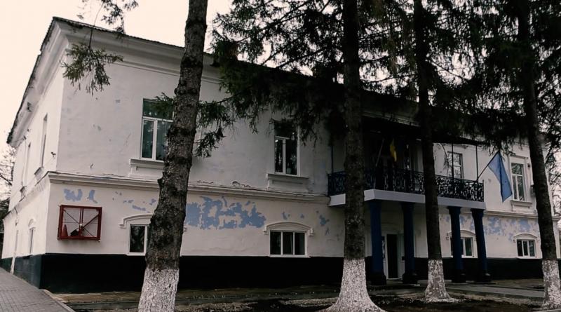 /VIDEO/ Conacul lui Vasile Stroescu din satul Brânzeni, raionul Edineţ, are nevoie de renovare