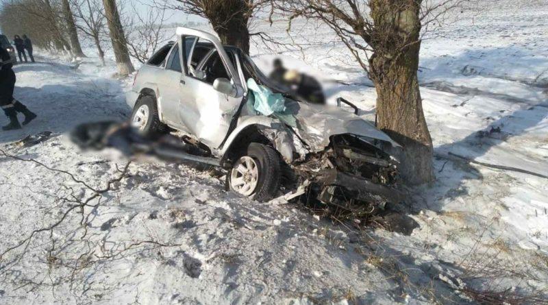 Два человека погибли, а двое других попали в больницу - жуткая авария в Бричанах