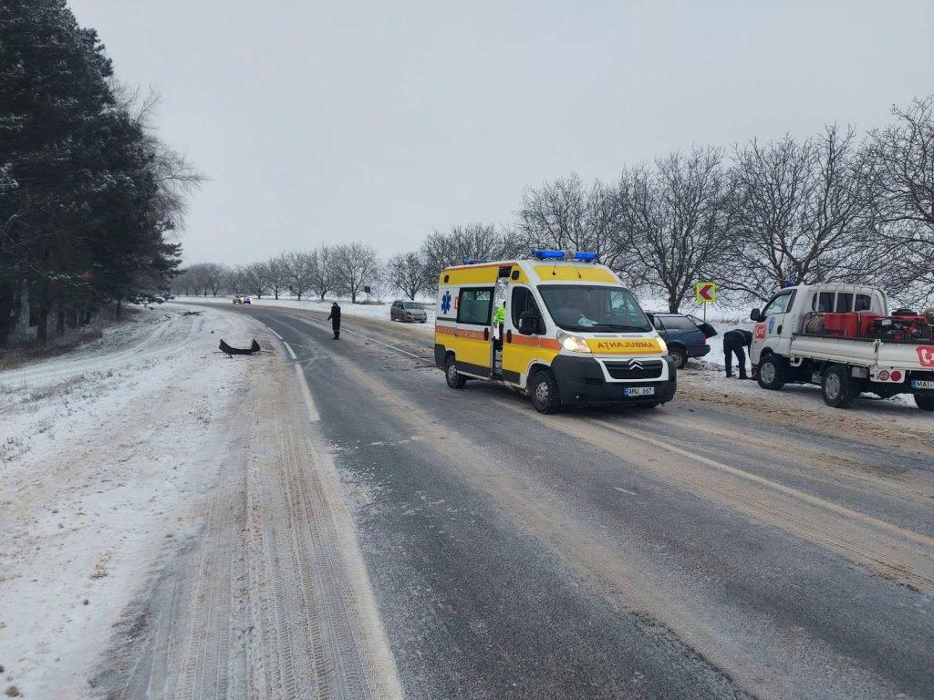 /FOTO/ Grav accident în raionul Râșcani. Două persoane au murit, iar altele trei au ajuns la spital 1 18.05.2021