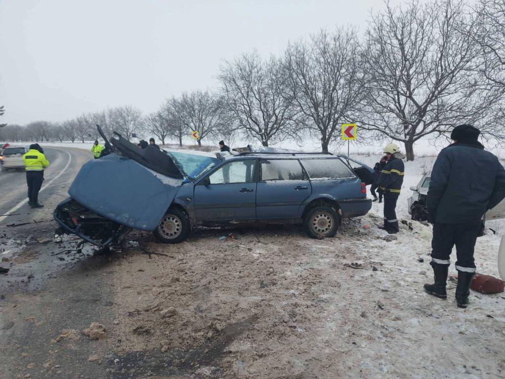 /FOTO/ Grav accident în raionul Râșcani. Două persoane au murit, iar altele trei au ajuns la spital 2 18.05.2021