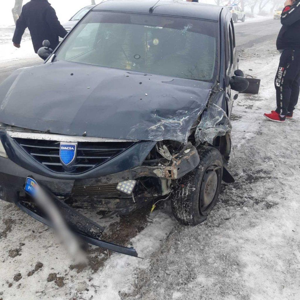 Foto /FOTO/ Accident în raionul Briceni. Două persoane au ajuns la spital 2 29.07.2021